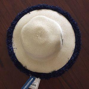 NWT - ADJUSTABLE STRAW HAT WITH STRAW FRINGE